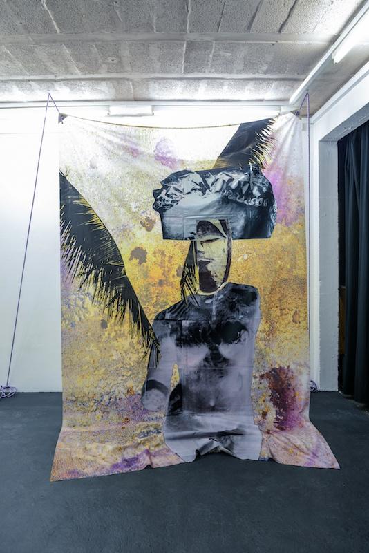 Vue d'exposition Bal Violon de Raphaël Barontini Espace 29, Bordeaux Photo Wang Yiyang