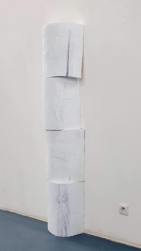 Ebrèchements blancs, 2019, papier, dimensions variables
