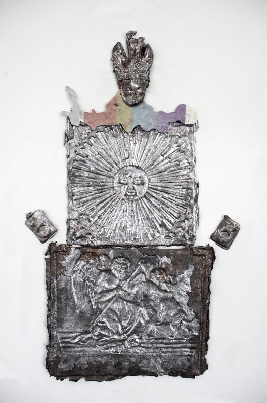 Vue de l'exposition Sourire aux anges de Jean-Baptiste Janisset, Atelier Chiffonnier Dijon. Pièces produites à South Way Studio et à l'Atelier Chiffonnier