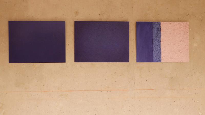 Thibaut Thorez-Debrucq, Murs bleus Marseille 3 photographies tirages pigmentaires sur papier archival mat 190g 45cm x 60 cm 2019 Photo Thibaut Thorez-Debrucq