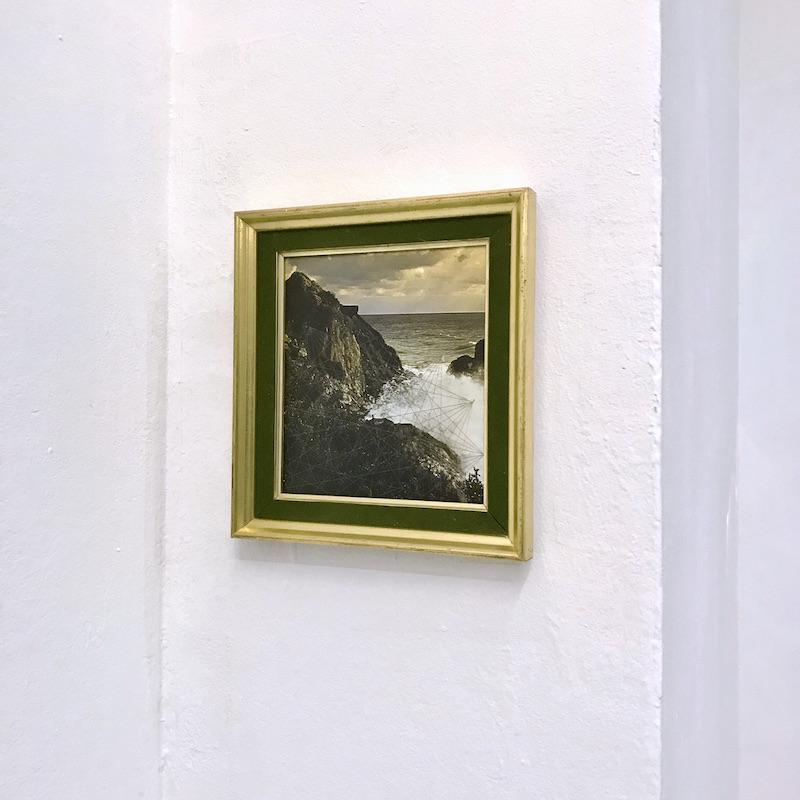 Aurélien Mauplot, Les Impatiences (série des vents), 2016 Crayon gris sur photographie d'archive, 18 x 18,5 cm (24 x 23 cm)