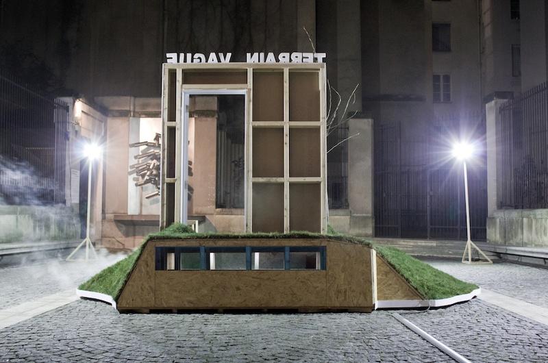 Installation et aire de jeu, Justine Bougerol et Silvio Palomo TERRAIN VAGUE - MODULE 1 - Centre Wallonie-Bruxelles