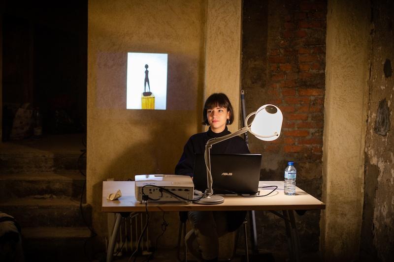 Diane Réa, Kung Fu musée, Vue de l'exposition collective 9 HACKS : Outils potentiels sur une proposition de Lola Fontanié et Jade Lièvre, In Extenso, Clermont-Ferrand