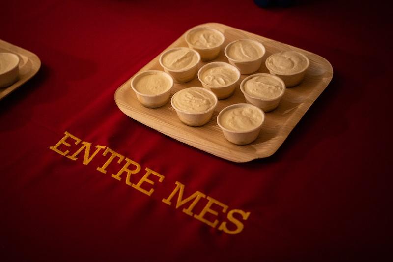 Lola Fontanie, Clémentine Palluy, Entre mes Vue de l'exposition collective 9 HACKS : Outils potentiels sur une proposition de Lola Fontanié et Jade Lièvre, In Extenso, Clermont-Ferrand