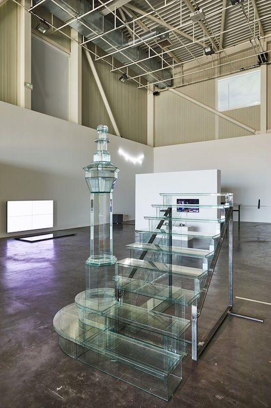 Benoît Jacquemin, Psycho's Stairs (1er plan) - Vue de l'exposition SIGNAL - espace(s) réciproque(s) Friche la Belle de Mai, Marseille Photo Jean-Christophe Lett