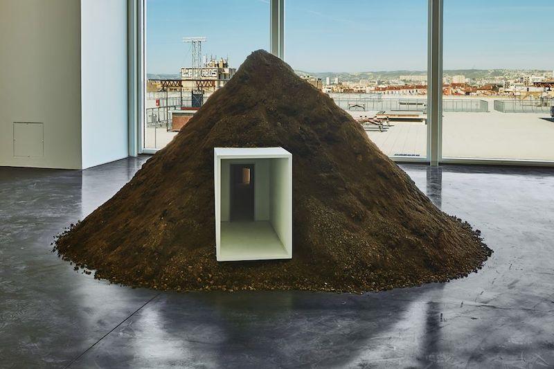 Justine Bougerol, Ce qu'il reste Vue de l'exposition SIGNAL - espace(s) réciproque(s) Friche la Belle de Mai, Marseille Photo Jean-Christophe Lett
