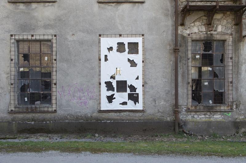 Estelle Chrétien, Tissu à carreaux, 2020