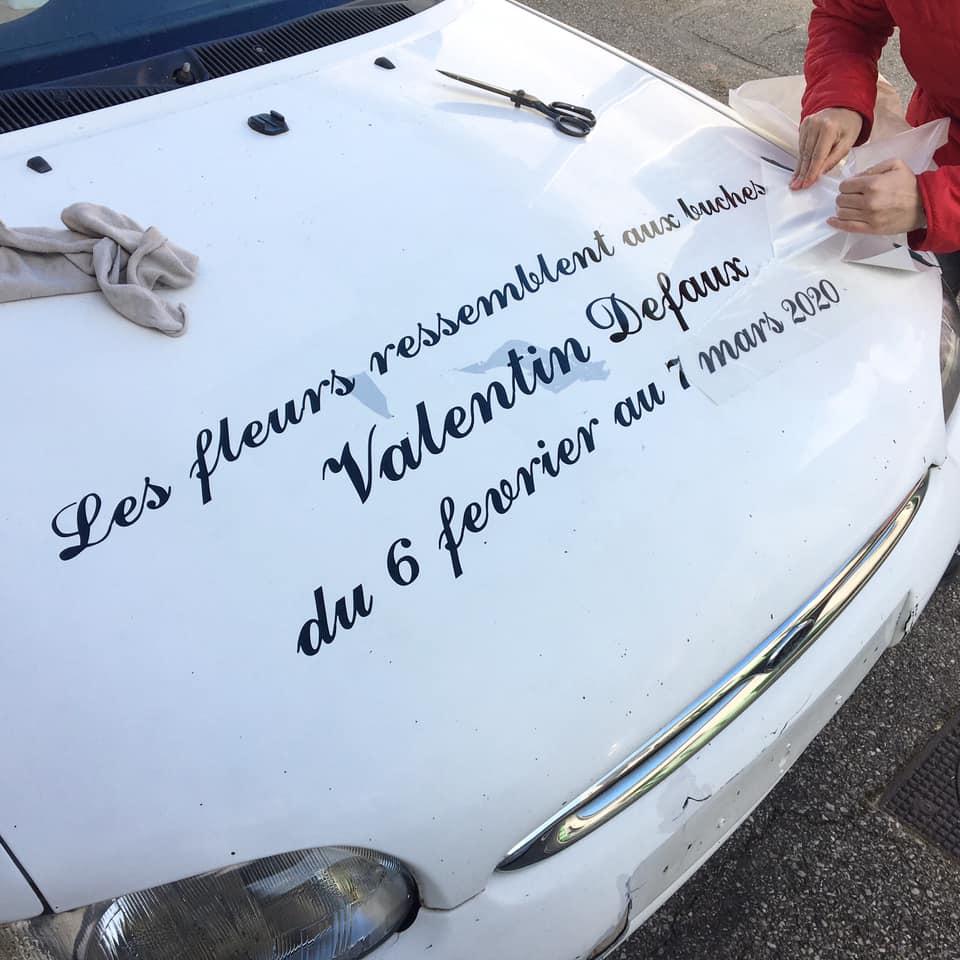 Valentin Defaux, vue d'exposition Les fleurs ressemblent aux bûches du 06 février au 07 mars 2020 dans l'habitacle de Super F-97