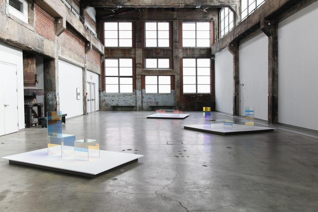 Vikky Alexander, Nordic Rock, Vue de l'exposition / Exhibition view, Fonderie Darling, 2020 © Simon Belleau