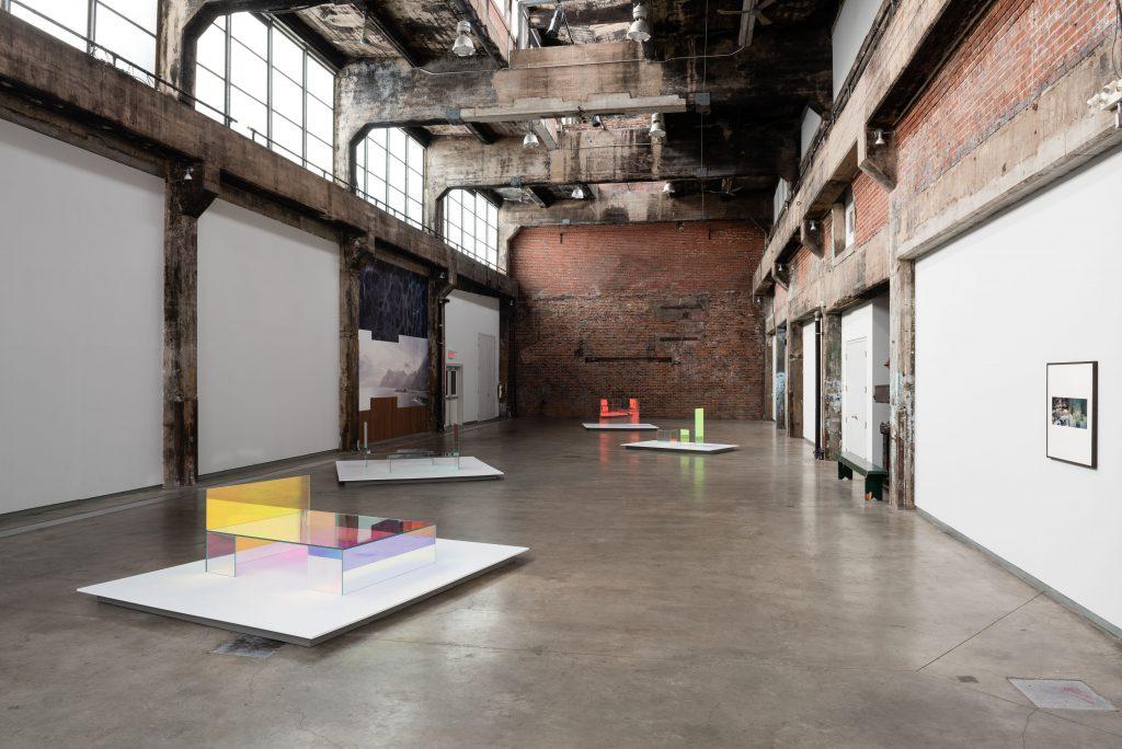 Vikky Alexander, Nordic Rock, Vue de l'exposition / Exhibition view, Fonderie Darling, 2020 © Maxime Boisvert