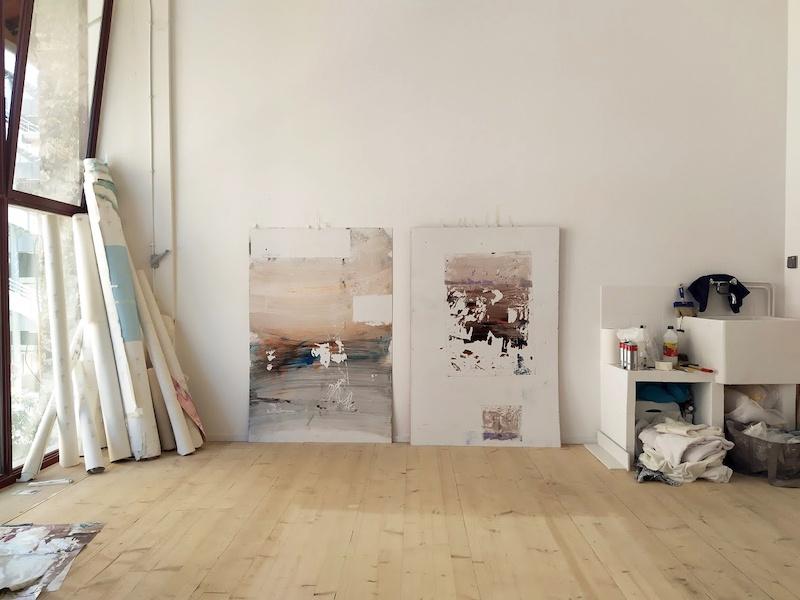Vue de l'atelier d'Enrico Bertelli, œuvres en cours, L'ahah #LaRéserve, Ris-Orangis, octobre 2019 © photo: L'ahah, Paris