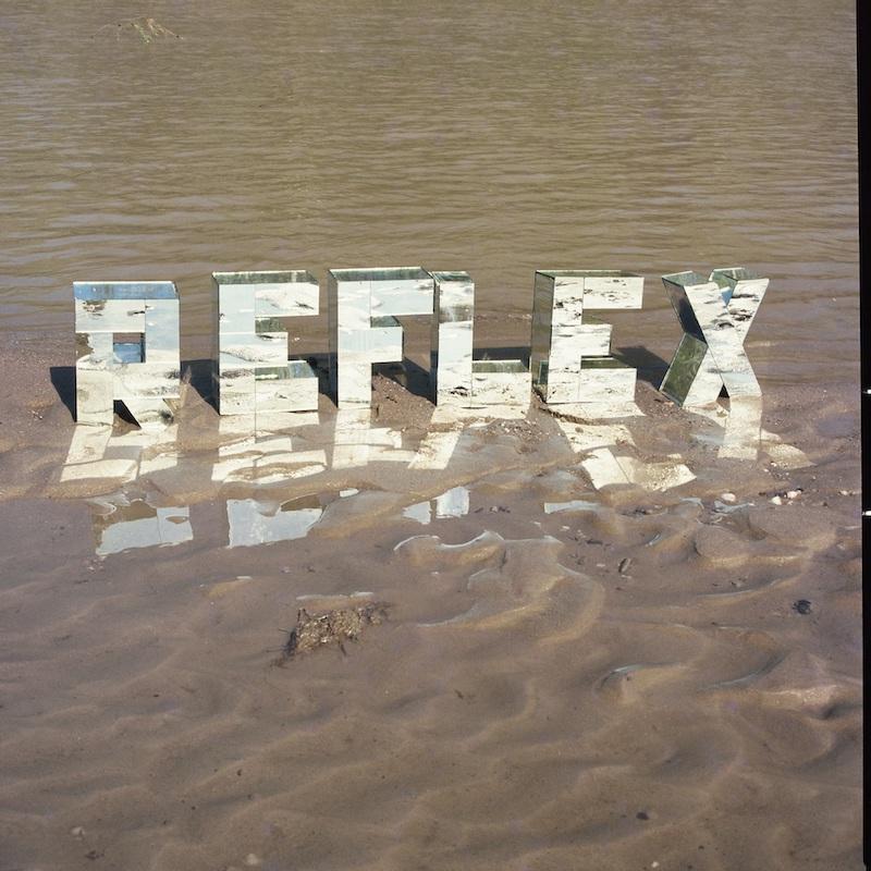 Wanda Mihuleac, Reflex dans l'eau, poème tautologique, 1974-1978, reproduit dans le livre Motem , paru en France en 1992