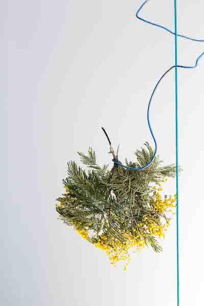 Damien Fragnon, vue d'exposition Un mirage irisé Crédit photo : Amélie Berrodier KOMMET LYON