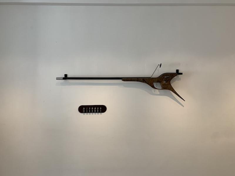 Marie-Luce Nadal, AF21, 2017 (acier, aluminium, bois, miroir, fils de soutien gorge)
