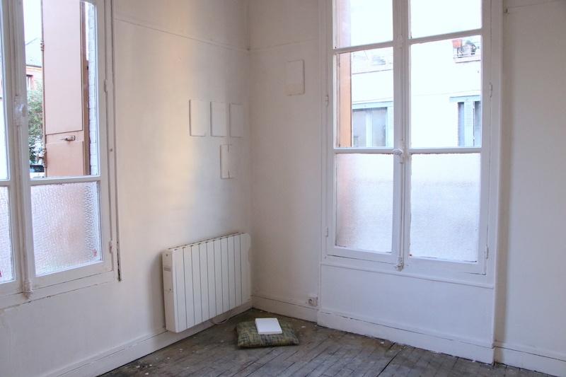 Dynamique du Contre Maéva Prigent, L_Atone, plâtre, enduit, ciment, 26 x 16 x 1 cm, 2020, série de six pièces