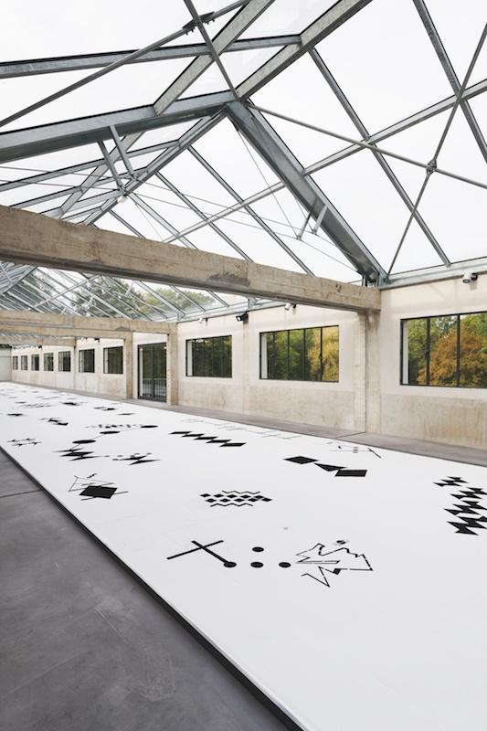 Cécile Le Talec, Atlas / partitions silencieuses, 2020. Vue exposition. Photo Aurelien Mole. Courtesy artiste et des Tanneries CAC Amilly