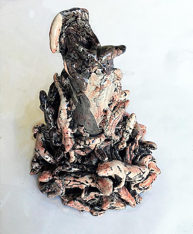 Laurie Karp, Salamandres 3, 20 x 17 x 18 cm, faïence émaillée, © photo: L. Karp