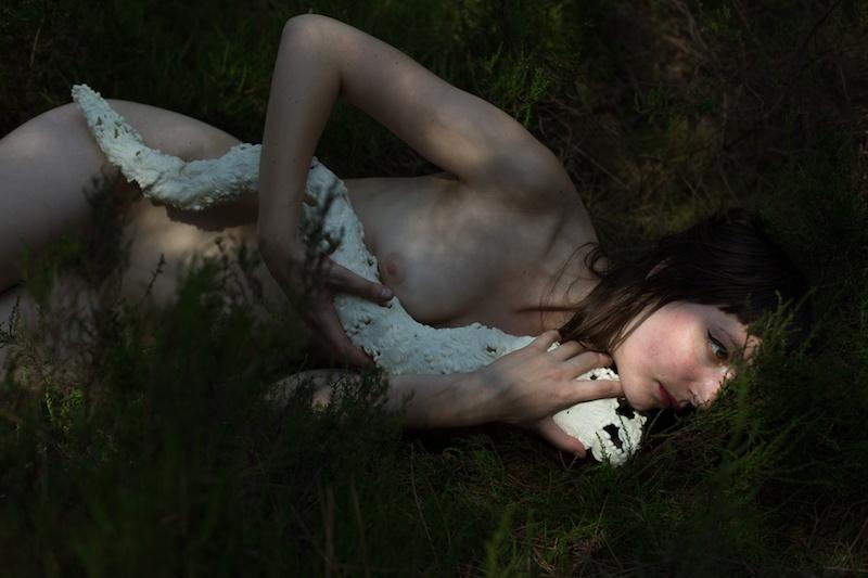 Lucie Linder, « Mujô » Photographie mat sur dibond, 2018 Format : 66 x 99 cm