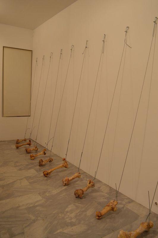Dimitris Halatsis Vue d'exposition Bones, Potential Project, 2020