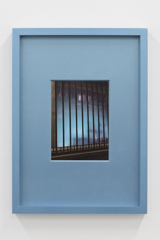 Hubert Marot, RDC (céladon), 2020 C-print dans cadre d'artiste 30 x 42 cm