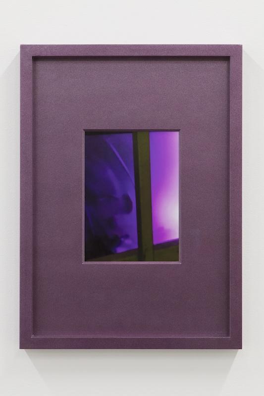 Hubert Marot, RDC (mauve), 2020 C-print dans cadre d'artiste 30 x 42 cm