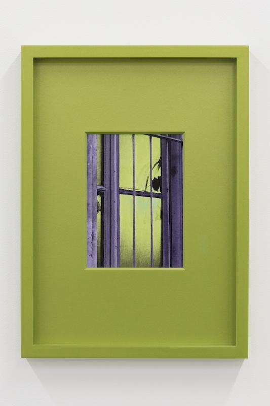 Hubert Marot, RDC (Verde acido), 2020 C-print dans cadre d'artiste 30 x 42 cm