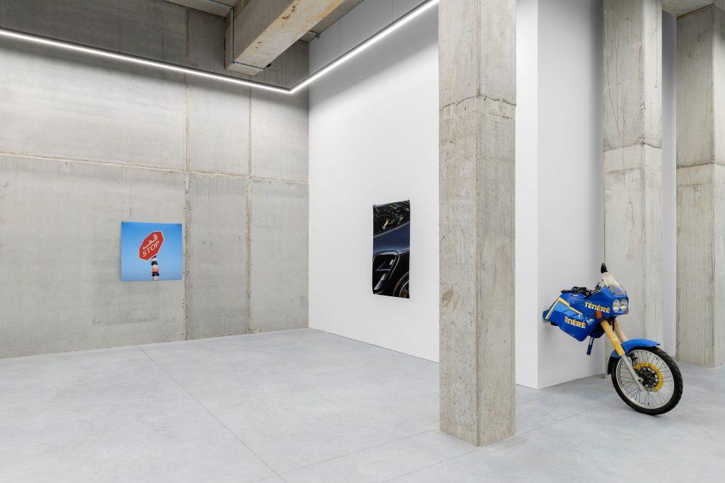 vue d'exposition Julien Boudet, Tout est bleu - Stems Gallery