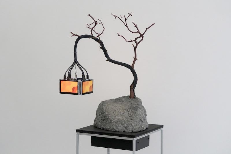 Nicolas Sassoon, The Prophets (Lantern #3), 2020, LCD screens, Volcanic rocks, Manzanita wood, electronics, aluminum, ABS, 48x40x112cm