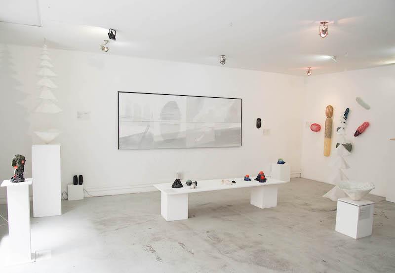 Vue de l'exposition collective Paysages tactiles, Mémoire de l'Avenir, Paris