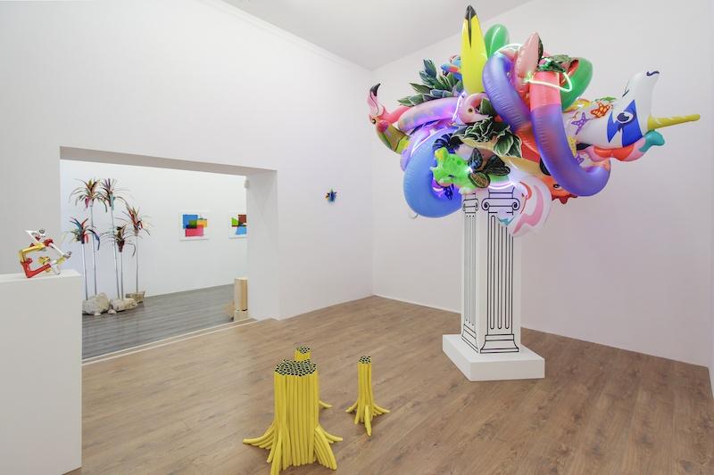 Vue de l'exposition Aesthetically Pleasing de Laurent Perbos  Galerie Le Cabinet d'Ulysse © Studio Tropicalist