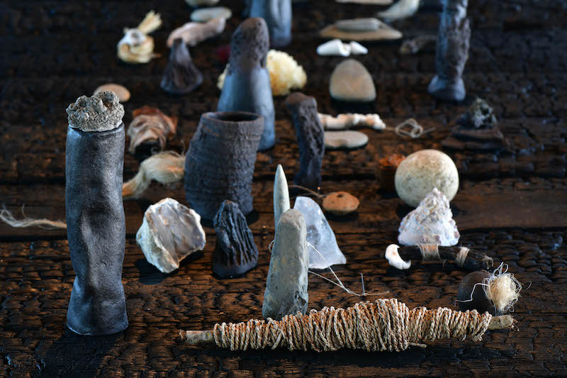 Denise Bresciani, Les idoles (détail) 2021, Exposition Seconde nature, La cuisine, centre d'art et de design:: Image Didier Taillefer ©Denise Bresciani ADAGP