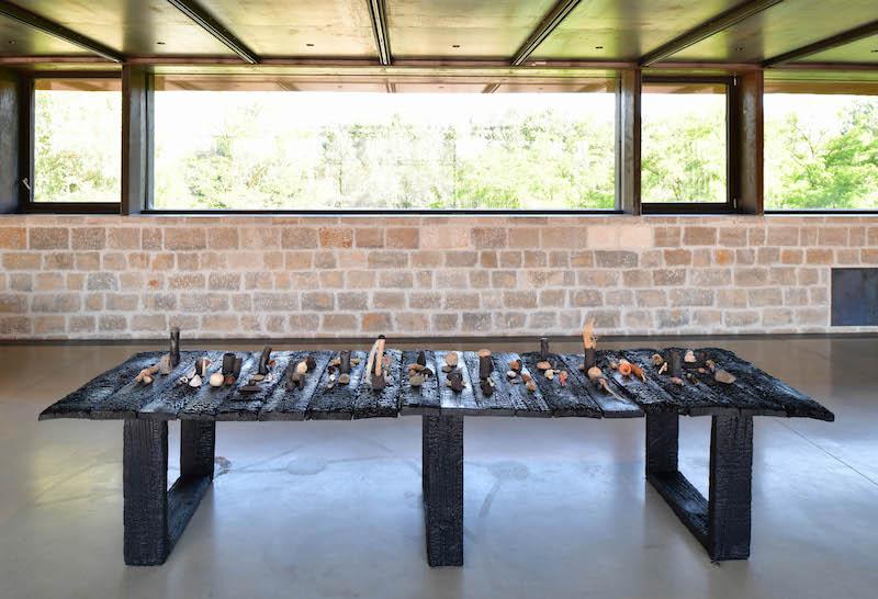 Denise Bresciani, Les idoles, installation, 2021, Exposition Seconde nature, La cuisine, centre d'art et de design : Image Didier Taillefer ©Denise Bresciani ADAGP