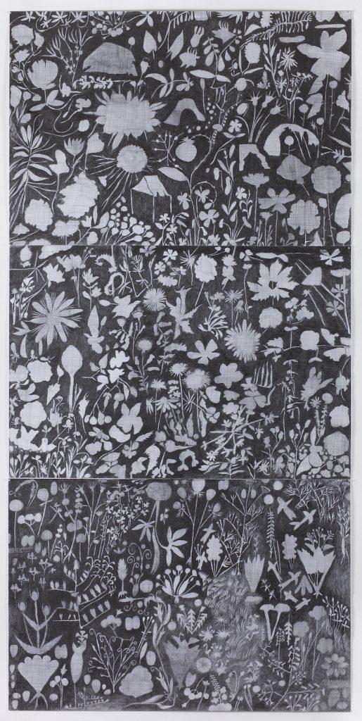 Christine Crozat, Jardin et abris, Triptyque In confinement, printemps 2020 Graphite sur papier 225 x 115 cm Photo Bertrand Hugues