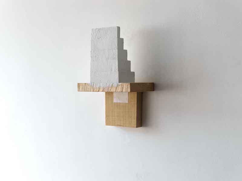 Paul Wallach, Some Other Where Else, 2020, Bois, peinture, papier ©Hervé Abbadie, Courtesy de l'artiste et Galerie Jeanne Bucher Jaeger, Paris