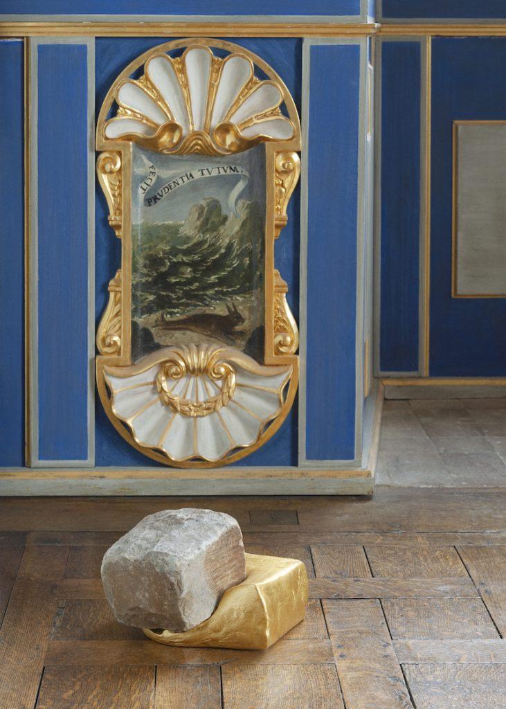 Stéphane Thidet, Rencontre, 2019. Collection Antoine de Galbert, Paris. Photo: Julia Andréone