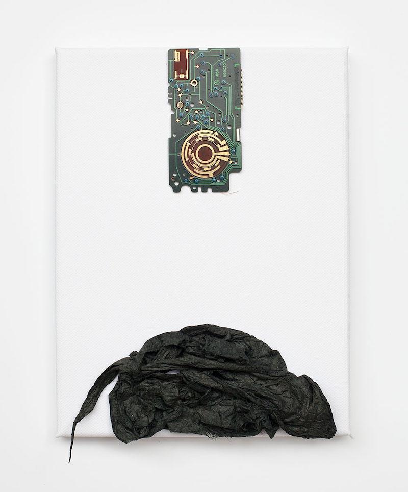 Sanglan Kim, Soo-Sok 017T-IV 2017 Papier mûrier-hanji, plaque électronique, 24 x 18cm