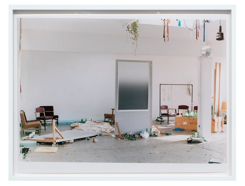 WOLFGANG TILLMANS - END OF WINTER (A) 2005 Glossy Chromogenic Color Print 30,5 x 40,6 cm
