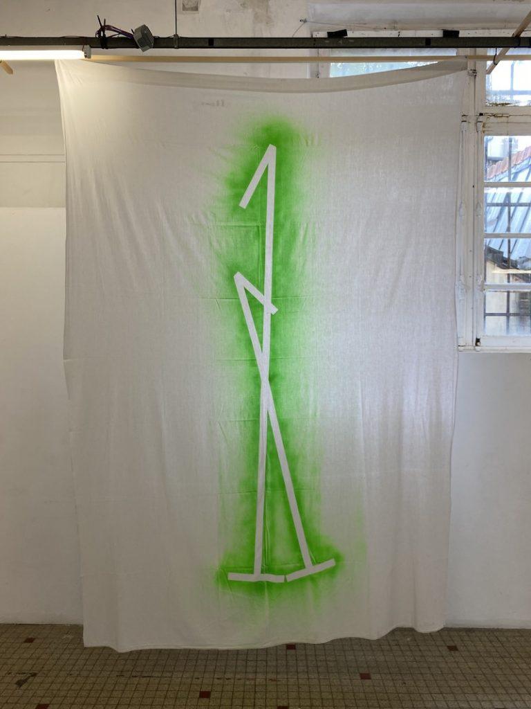 Michel Dector, Sans titre, 2021, peinture aérosol sur drap ancien 200 X 280 cm