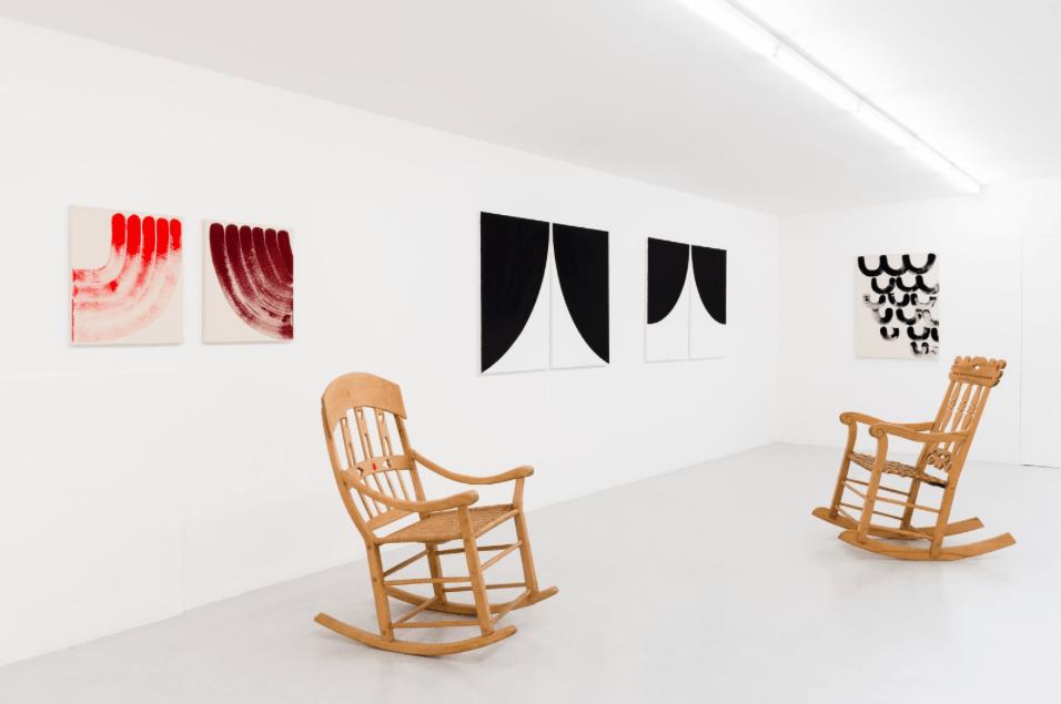 Elvire Bonduelle, The Rotating Painting Show, Galerie Laurent Mueller