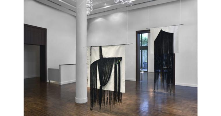 Lucie Picandet, vue exposition Empiristes, Broderies, Villa Emerige 2015
